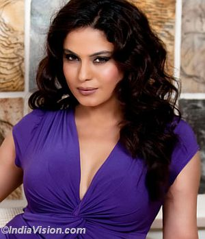 Veena Malik to marry businessman Umar Farooq !