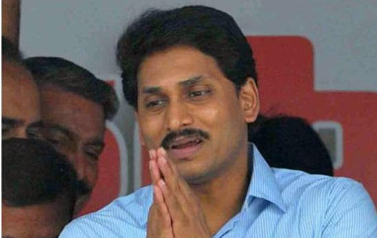 Jagan calls on president, urges him to keep Andhra united