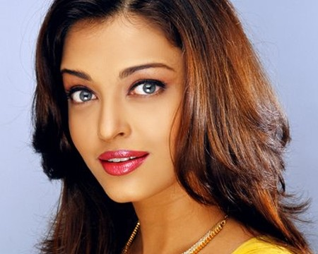 """Former Miss World and Bollywood actress Aishwarya Rai Bachchan is celebrating her 40th birthday today (1/11/2013). Even though the Bollywood beauty is not tech friendly (like her husband and father-in-law), fans across the globe took to social networking site Twitter to wish the actress and pour in their best wishes for her. With #Happy Bday Aishwarya trending on Twitter from the eve of her birthday, obviously Aishwarya Rai's popularity knows no bounds. Aishwarya's loving and doting husband Abhishek Bachchan thanked his wife's fans on her behalf for the birthday wishes. Abhishek Bachchan also promised that he would get Aishwarya to tweet a thanks message to her fans later in the day. """"You guys are too sweet.Thank you all so much for your wishes for Aishwarya. Will get her to tweet you guys later. #HappyBirthdayAishwarya."""" Since her Miss World title 1994, Aishwarya Rai has become one of the most admired and revered woman in India and across the globe. She has been globally described as a dignified, statuesque, beautiful and charismatic person. Meanwhile, Aishwarya's in-laws Amitabh and Jaya Bachchan are busy attending Nita Ambani's 50th birthday bash in Jodhpur. Seems like Aishwarya will be celebrating a cozy birthday with her husband and little daughter Aaradhya, who will turn two on November 16."""