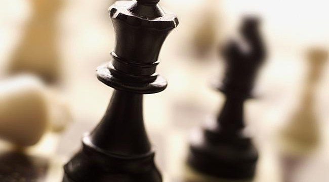 Meet the man who beat ten inmates at chess