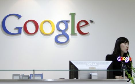 Google in talks with eyewear company to create prescription lenses for Glass