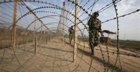 Pakistan violates LoC ceasefire again