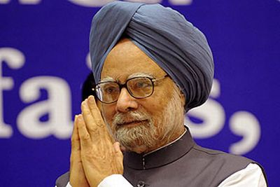 PM announces Rs.2,000 crore as Phailin relief