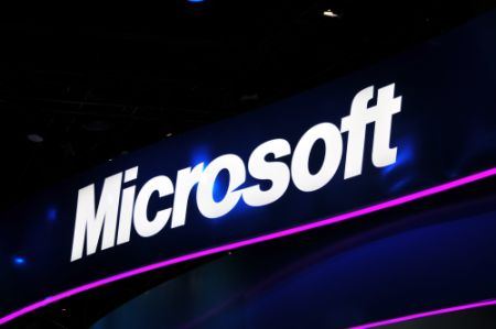 Microsoft cloud's Indian-origin boss Satya Nadella among frontrunners for CEO post