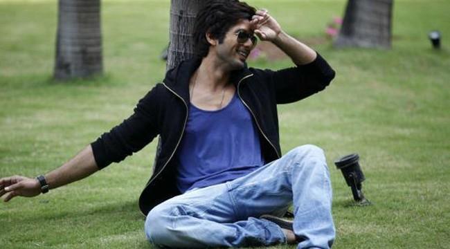 If I like a girl, I may settle down: Shahid