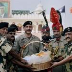 India Celebrates Diwali, India, Pak forces exchange sweets