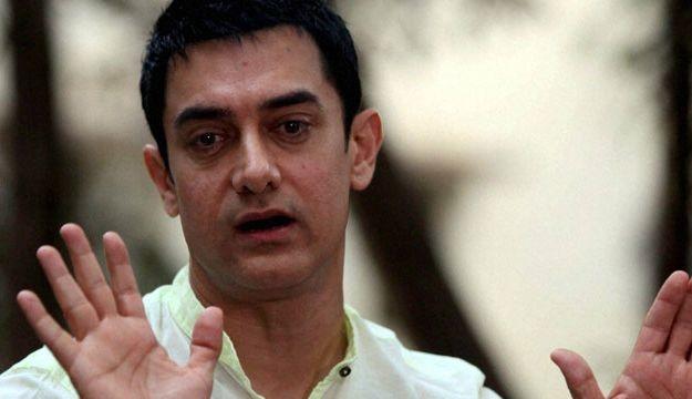 Look, it's Aamir now