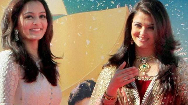 Amitabh Bachchan, Aishwarya Rai-Bachchan help open jewellery stores in UAE
