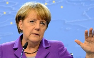 Merkel extremely dismayed over Schumacher's fall
