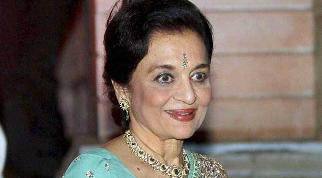 UTV Stars 'immortalizes' Asha Parek in 'Walk of the Stars'