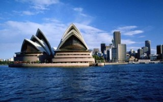 Indian tourists flocking to Australia