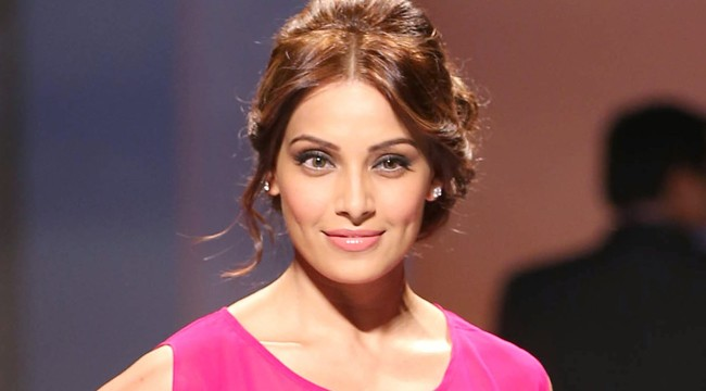 Confidence best accessory for women: Bipasha