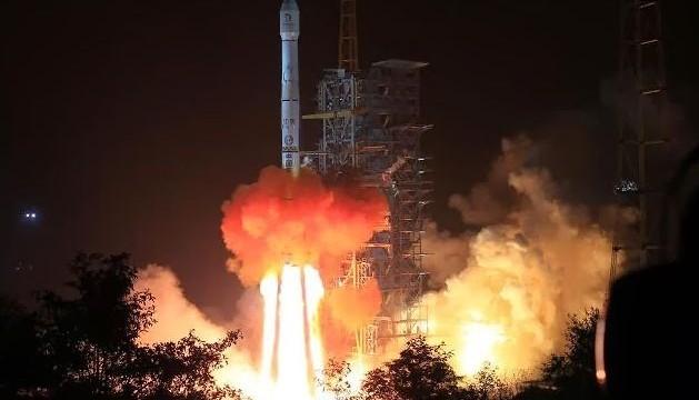 Chinese lunar probe landing set for Saturday night