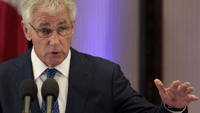 US defense secretary to hold talks in Pakistan