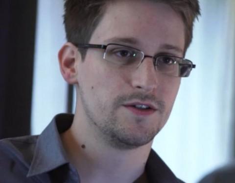 Snowden denies wanting asylum in exchange for information