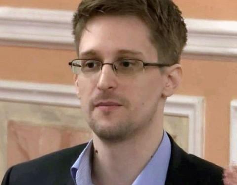End of mass surveillance in 'alternative' Christmas message: Snowden