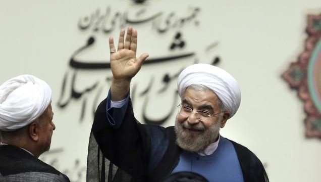 Iran president defends n-deal