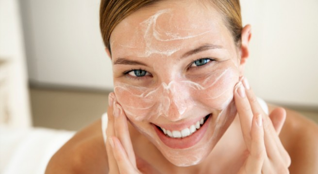 How to exfoliate skin in winters