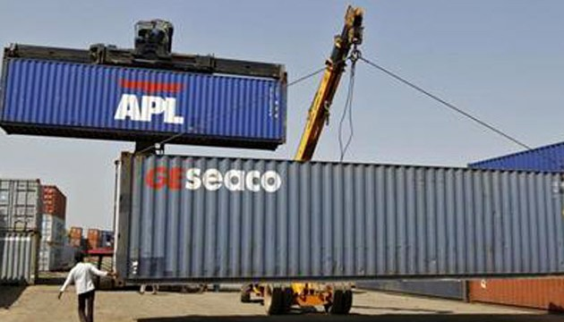 India's trade deficit up $9.21 bn in November