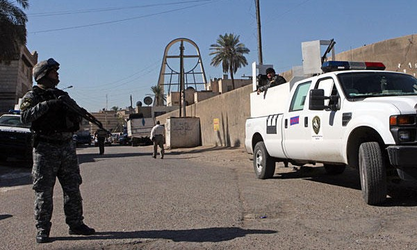 Iraqi forces free hostages in city council