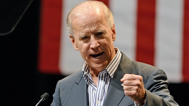 Biden tells Chinese students to challenge country's authority