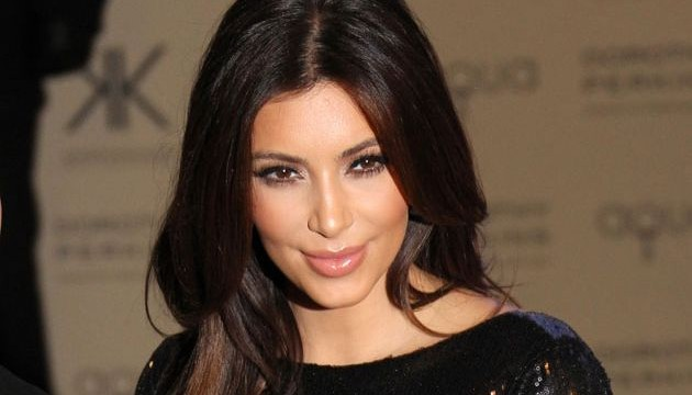 Kim Kardashian plans `X-rated` Christmas gift for Kanye West