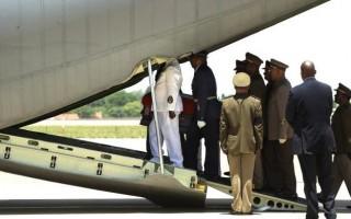 Mandela makes final journey home