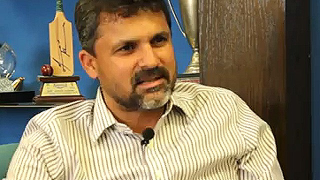 Pak manager Moin Khan gives thumbs down to foreign coaches