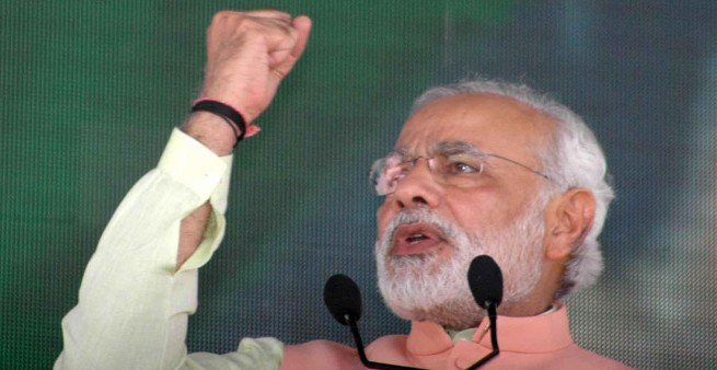 Voters will fight 2014 polls: Modi