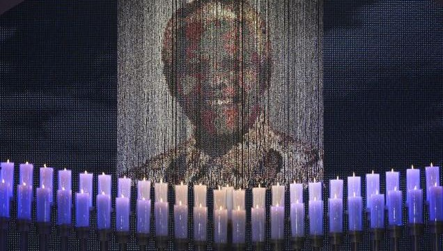 Mandela `long walk` to freedom recreated in shrine