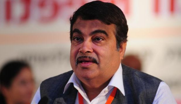 Congress, Kejriwal struck deal: GadkariCongress, Kejriwal struck deal: Gadkari