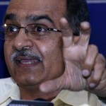 We can't take or give support to Congress, BJP: Prashant Bhushan