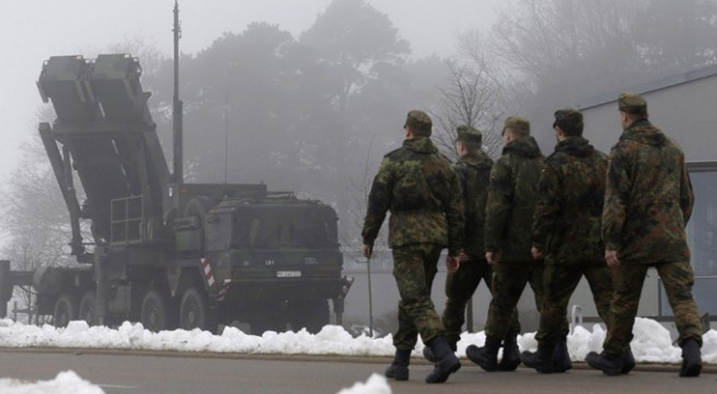 Russia deploys missiles along borders with NATO countries