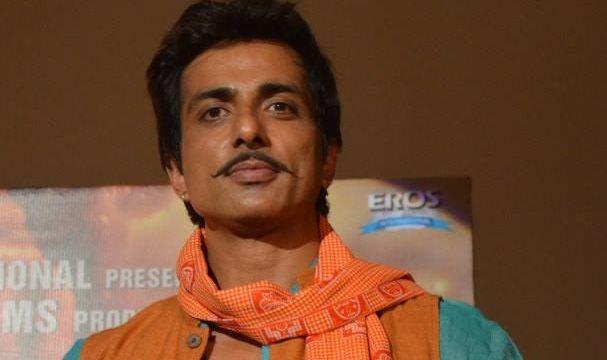 Sonu's injured leg delayed his action scenes in 'R...Rajkumar'