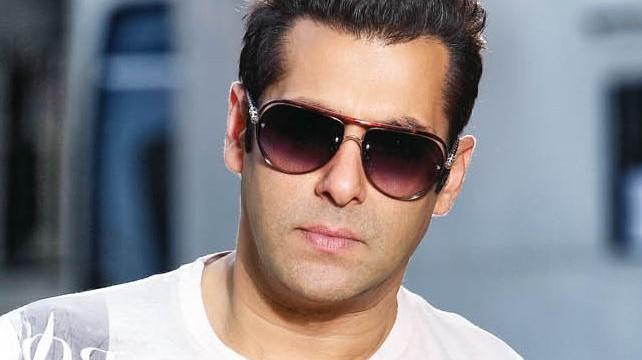 Salman's gesture left Aamir embarrassed