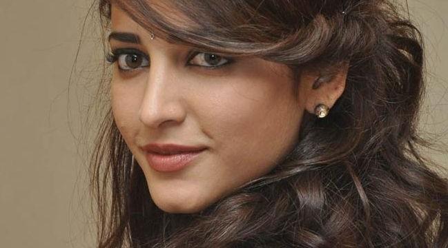 'D-Day' actress Shruti Haasan undergoes appendix operation