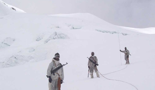 Pak urges India to pull out Siachen troops over environment threats