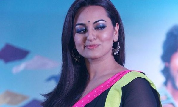 Sonakshi thanks audience for love