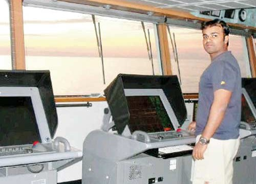 Consular officer meets Sunil James, two other sailors in Togo jail