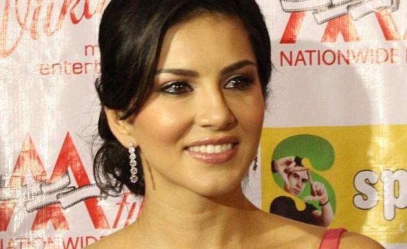 Sunny Leone hopes for image change with 'Jackpot'