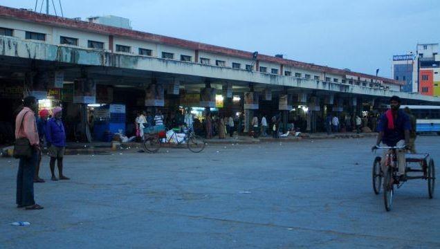 Telangana bill tabled, lawmakers clash