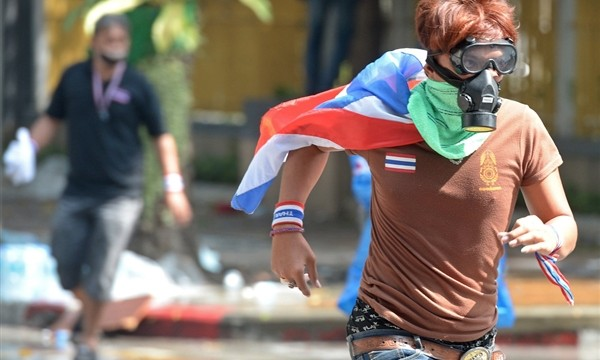Thailand election body urges delay in polls amid clash