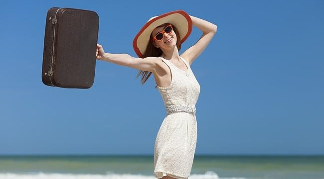 Top five must carry clothes while travelling
