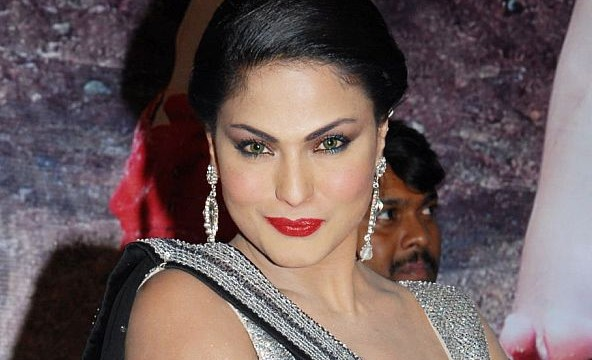 Veena Malik to host wedding reception in Dubai