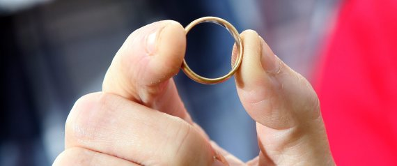 Woman finds lost wedding ring after more than 4 decades