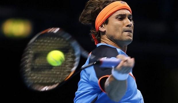 Ferrer begins new season with easy win over Wawrinka