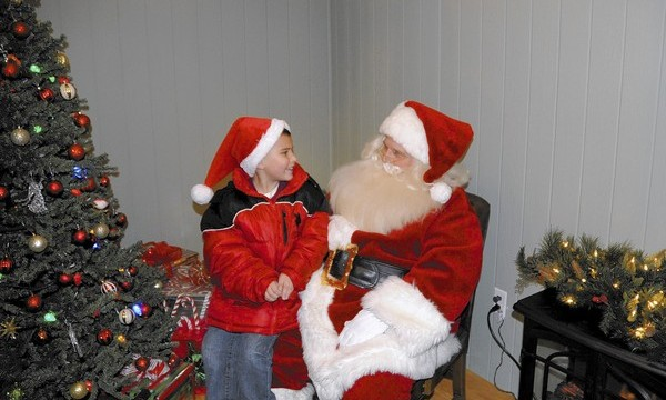 Why kids' faith in Santa Claus legend is considered healthy