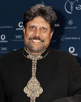 former_india_captain_kapil_dev