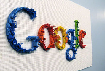 Google links social network contacts to Gmail