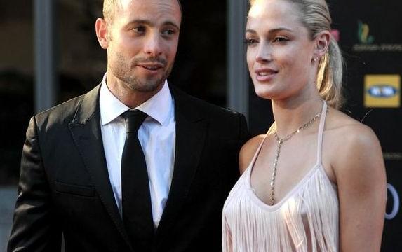 Oscar Pistorius' girlfriend's murder case cop quits
